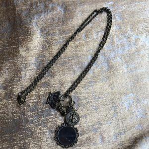 Mud pie necklace
